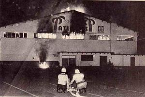 Großbrand der Diskothek Atlantis